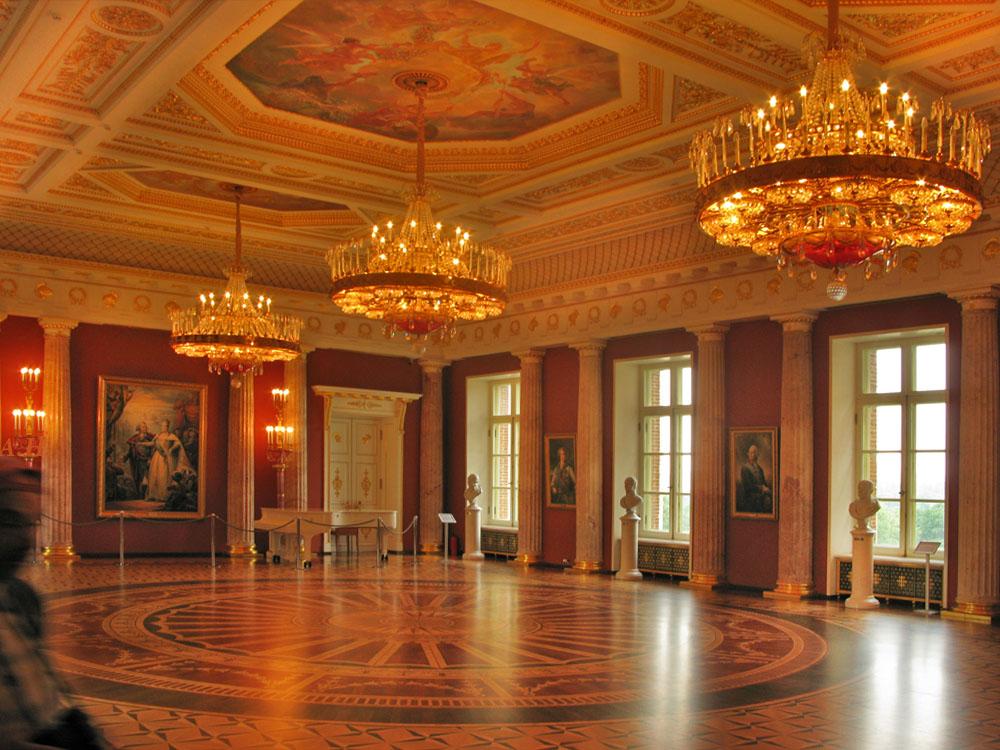 Дворец Цариныно  Музей
